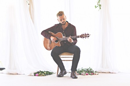 Alex - Singer/Guitarist