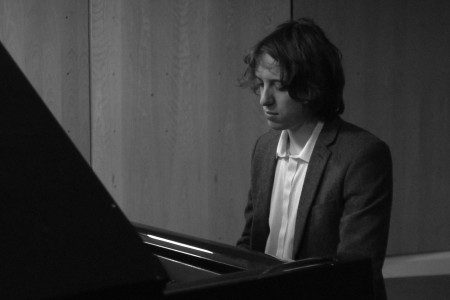Christian - Wedding Pianist