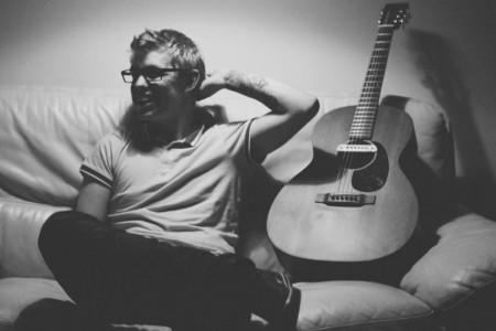 Nathan - Singer/Guitarist