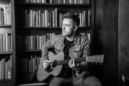 Nathan T - Singer/Guitarist