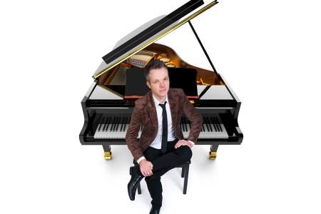 Simon - Pianist